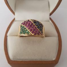 Inel din aur decorat cu safire, rubine si smaralde - Inel aur, Carataj aur: 12k, Culoare: Galben