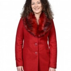 Palton clasic bordo cu guler de blana