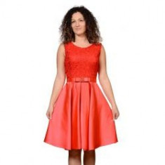 Rochie clos , roşie
