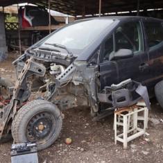 Dezmembrez / piese Mercedes A Klass A140 / A160 - Dezmembrari