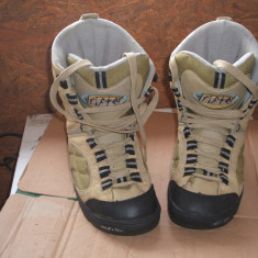 Snowboard boots - Boots snowboard, Marime: 38