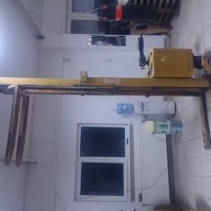 Transpalet electric, liza electrica