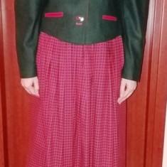 SUPERB COSTUM GERMAN STILIZAT. - Costum dama, Marime: 38, Culoare: Rosu