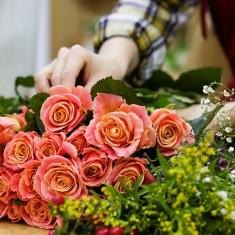 Flori natural aranjamente florale pentru orice eveniment