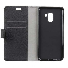 Husa Flip cu Stand Samsung Galaxy A8 A530 Neagra - Husa Telefon