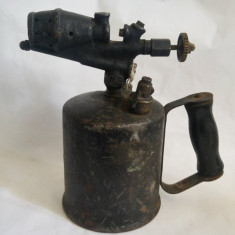 Lampa veche pe benzina SADU Gorj, de parlit, colectie decor industrial steampunk
