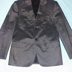 Costum barbati Gruppo Quatro; material 50% poliester si 50 % bumbac foarte fin., Culoare: Din imagine