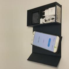 Samsung galaxy s7 edge white Nou/0 minute/FULLBOX - Telefon Samsung, Alb, 32GB, Neblocat, Single SIM