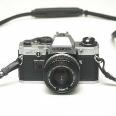 Olympus OM-10 si obiectiv Zuiko 50mm 1.8 - Stare foarte buna! - Aparate Foto cu Film