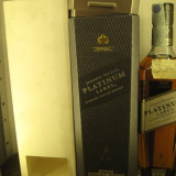 RARE whisky johnnie walker, PLATINUM LABEL, 18 ANI, cl 70 GR 40
