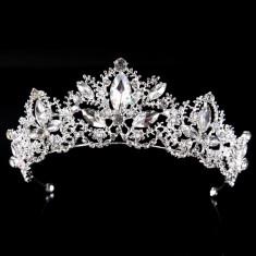 Diadema mireasa argintie