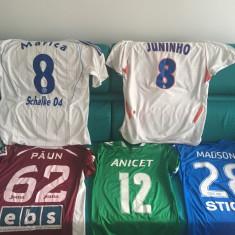 Tricouri fotbal, Marime universala