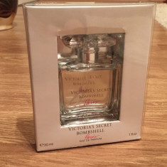 Parfum Victoria's Secret Bombshell Paris - Parfum femeie Victoria's Secret, Apa de parfum, 30 ml