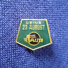 Insigna Uzina 23 August - Faur - tema feroviara