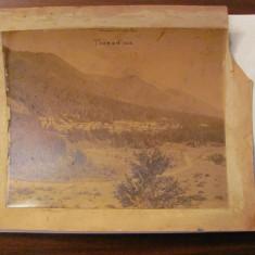CA - Foto foarte veche lipita pe carton suvenir souvenir TUSNAD 1888