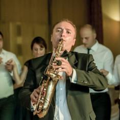 Saxofonist nunti, botezuri, cafenele, evenimente.