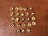 Lot 23 bucati - nasturi din corn de cerb / model deosebit cu diametrul de 15 mm