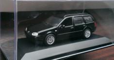 Macheta VW Golf 4 Variant IV - Editie de reprezentanta - Minichamps 1/43 foto