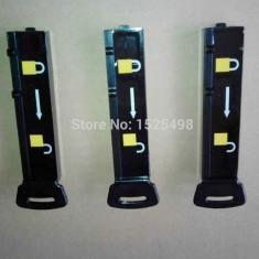 Magnet detasator pentru alarma cu taguri rigide