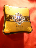 Cutie metalica Ceai China ,frumos ornamentata , dim.= 9x9x5,8 cm