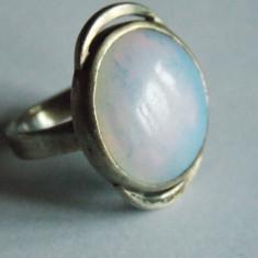 Inel argint vintage cu piatra lunii -2543