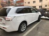 Mitsubishi Outlander PHEV INSTYLE Hibrid 2014, SUV