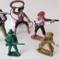 Lot 5 figurine vechi plastic COWBOY,Indieni, peste 14 ani, Baiat