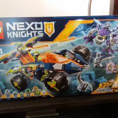 Lego nexo knights - aaron', s rock climber 70355