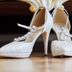 Pantofi mireasa Christian Albu - Pantof dama, Culoare: Ivoire, Marime: 39, Cu toc