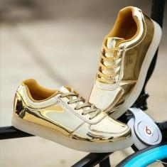 Tenisi cu Leduri Gold unisex - Adidasi barbati, Marime: 40