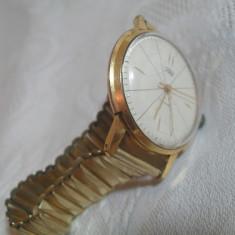 Ceas mecanic Zaria placat aur - Ceas de mana