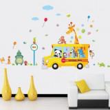 Sticker perete camera copii autobuzul cu animale din jungla bus school