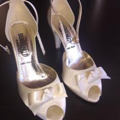 Pantofi mireasa - Pantof dama