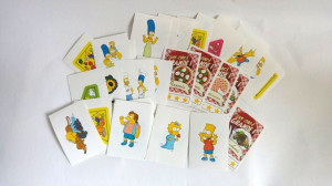 Lot  33 cartonase stickere Familia Simpson desene animate, IPER la grande