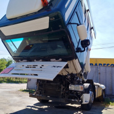 Dezmembrez camion DAF XF105.460 space cab - Dezmembrari camioane