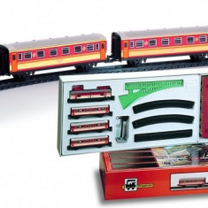 Trenulet electric calatori, cu statie si tunel - Pequetren, Seturi complete