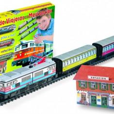 Trenulet electric calatori cu far si macheta colorat - Pequetren, Seturi complete