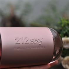 Parfum Original Carolina Herrera - 212 Sexy 100 ml + CADOU - Parfum femeie, Apa de parfum