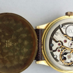 Vand ceas mecanic - Ceas barbatesc Iwc, Mecanic-Manual