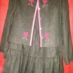 COSTUM AUSTRIAC, SUPERB, NOU. - Costum dama, Marime: 38, Culoare: Verde
