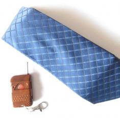 Camera spion ascunsa in cravata - Gadget supraveghere