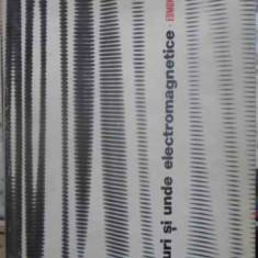 Campuri Si Unde Electromagnetice - Edmond Nicolau, 411606 - Carte Fizica