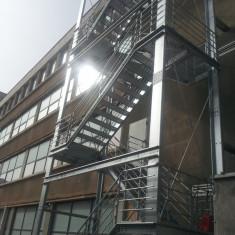 Scari metalice de evacuare