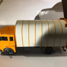 Macheta  Camion gunoi JELCZ 315 - Polonia scara 1:43