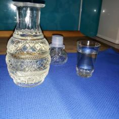 Pălinca de vânzare, urgent - Tuica