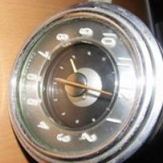 Ceas de bord pt.masina de epoca,ceas pt.masina veche de colectie,antica,T.GRATUI