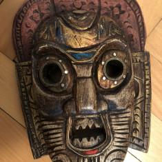 Masca veche tailandeza, din lemn, sculptat, in basorelief, pictat - Arta din Africa