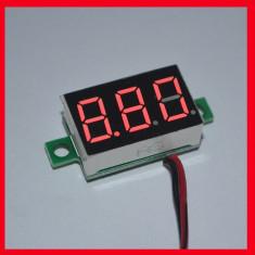 Voltmetru digital cu afisaj led 3 cifre, 2.5 - 30 V, foarte precis