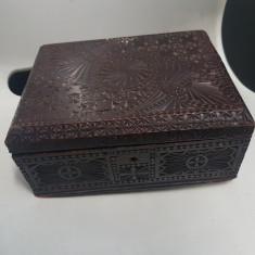 Cutie din lemn veche 1910 bisericeasca