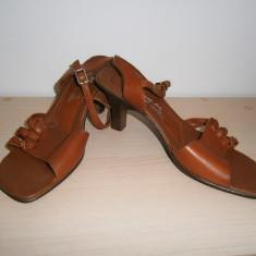 Sandale de dama Momar, piele maro, mar 37, aproape noi! - Sandale dama